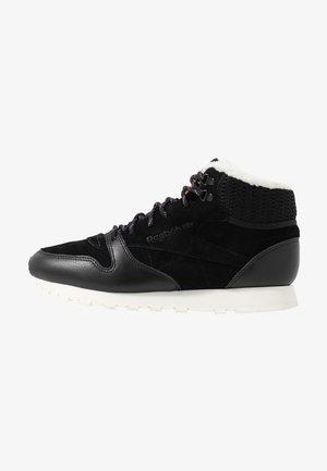 ARCTIC - Sneaker high - black/purple/chalk