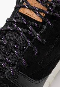 Reebok Classic - ARCTIC - High-top trainers - black/purple/chalk - 2