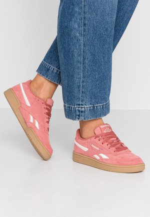 REVENGE PLUS - Trainers - baked clay/pale pink