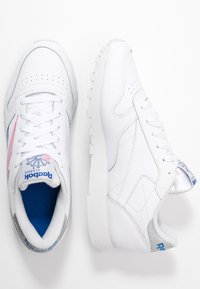 Reebok Classic - Baskets basses - white/humble blue/pink - 3
