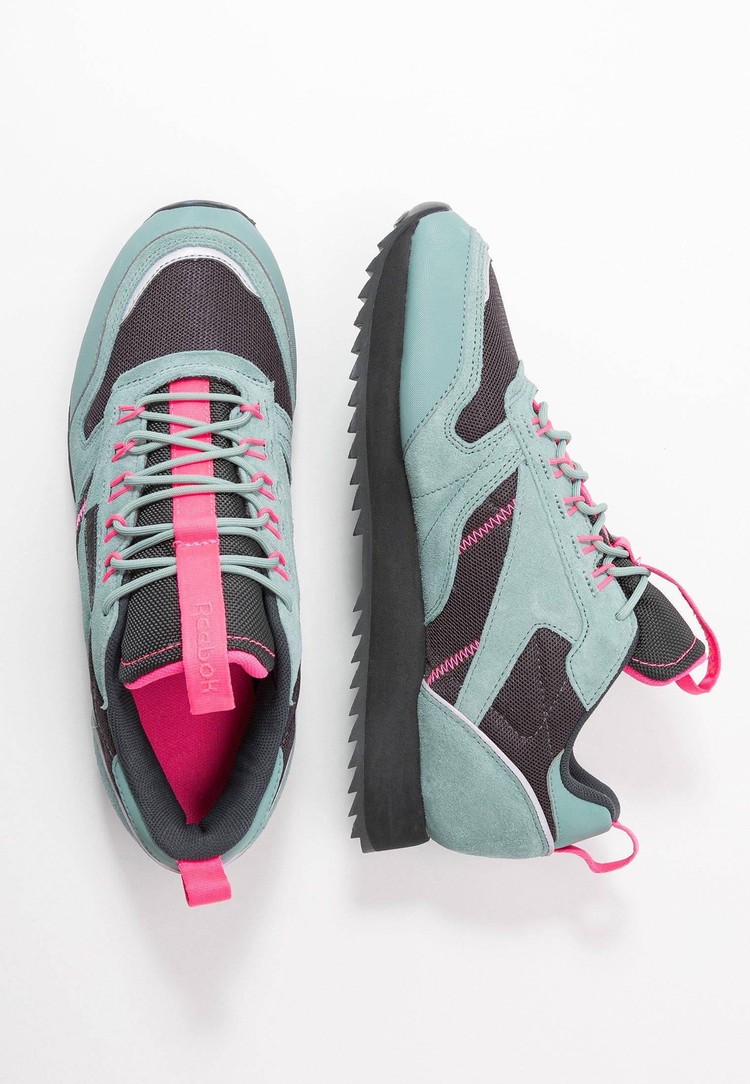 Reebok Classic RIPPLE TRAIL - Sneakersy niskie - green slash/triple grey/solar pink