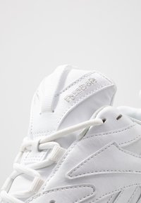 Reebok Classic - AZTREK DOUBLE MIX - Trainers - white/black - 2