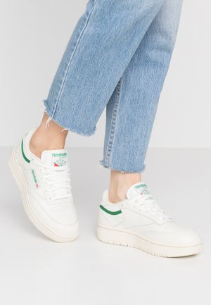 CLUB C DOUBLE - Sneakers - chalk/paper white/glen green