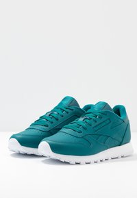 Reebok Classic - Baskets basses - hertea/white/seatea - 4