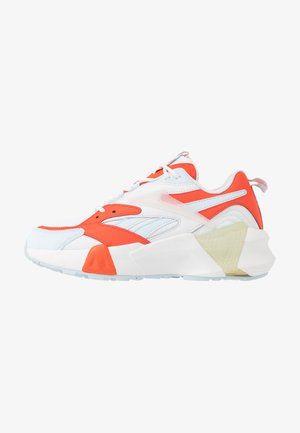 AZTREK DOUBLE  - Sneakers - vivid orange/glass blue/white