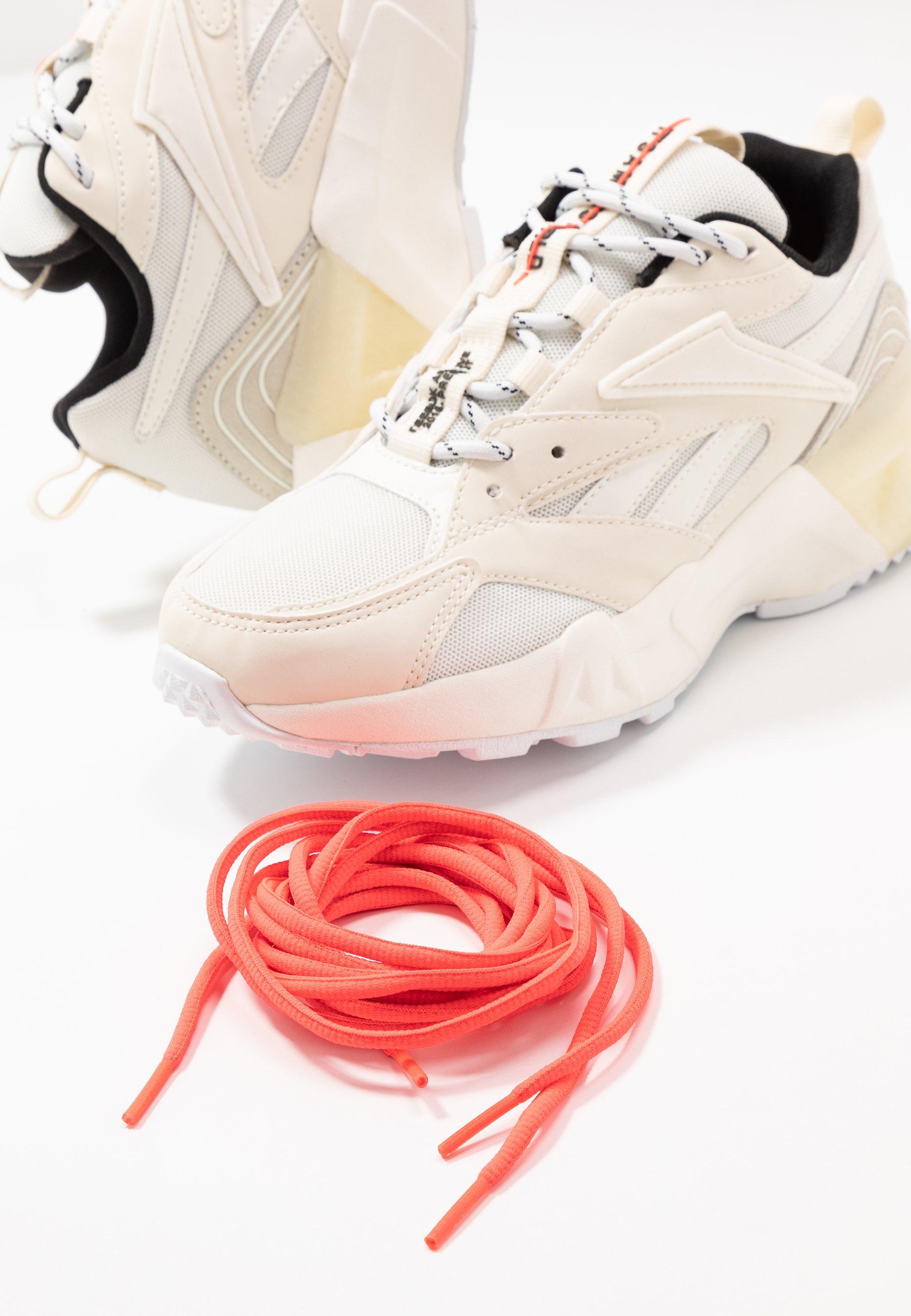 Reebok Classic AZTREK DOUBLE MIX - Sneakers - chalk/classic white/black