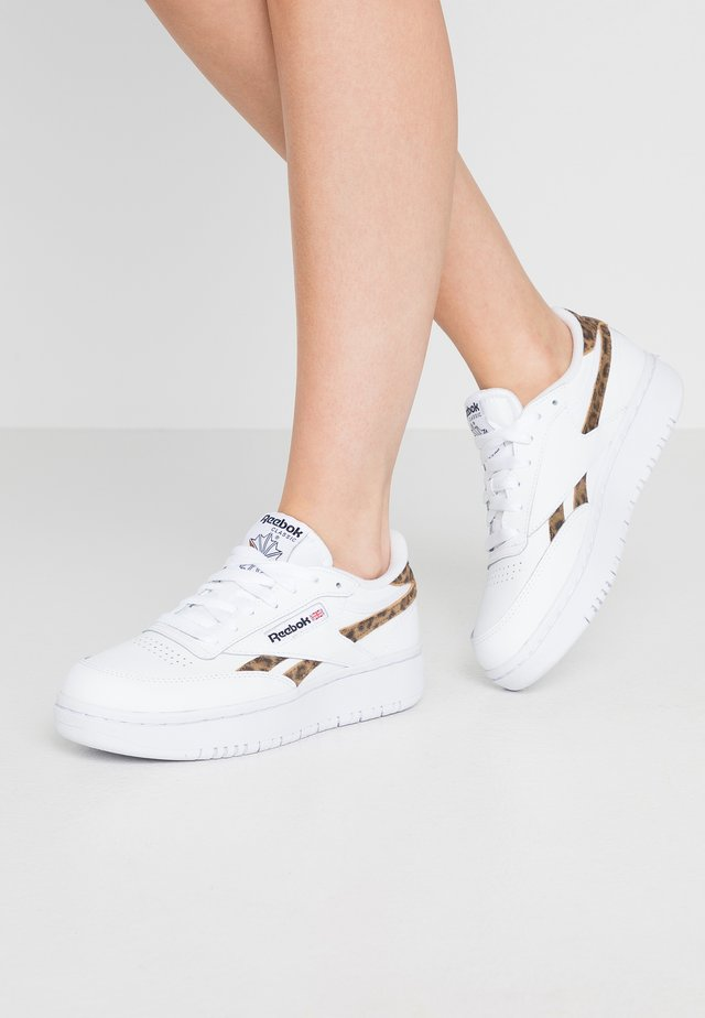 CLUB C DOUBLE REVENGE - Sneakers laag - white/wild brown/just brown