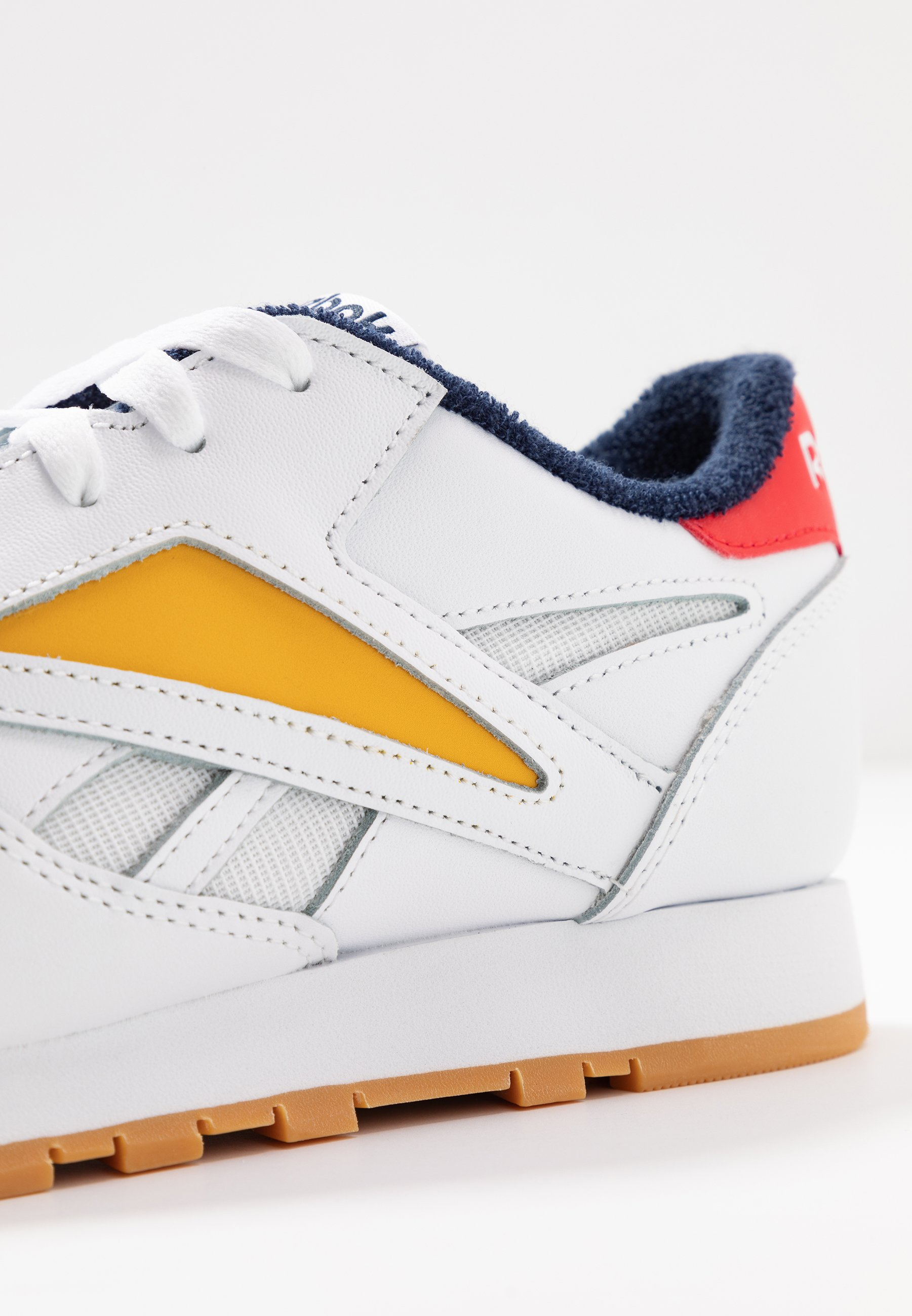Reebok Classic MARK - Sneakers basse - white/radiant red/collegiate navy Yj7t7pE6