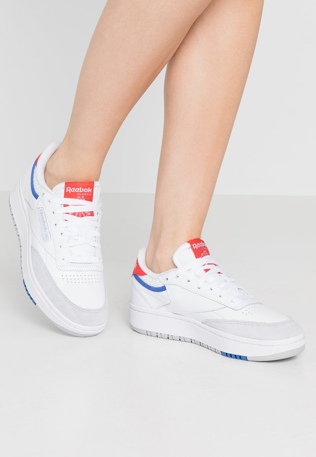 CLUB C DOUBLE - Trainers - white/radred/grey