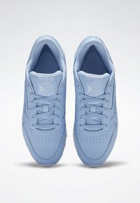 Reebok Classic - CLASSIC LEATHER SHOES - Joggesko - fluid blue - 1