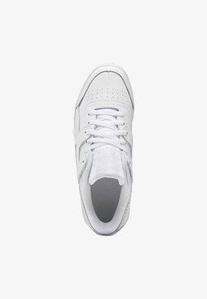 WORKOUT LO PLUS SHOES - Baskets basses - white