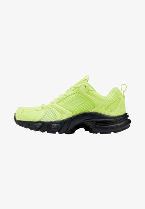 REEBOK PREMIER SHOES - Sneakers laag - yellow