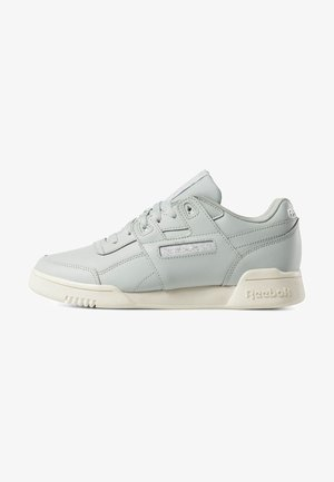 WORKOUT LO PLUS - Sneakers - white