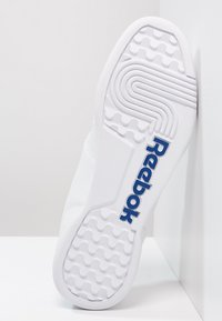 Reebok Classic - WORKOUT PLUS - Sneaker low - white/royal