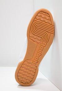 Reebok Classic - WORKOUT PLUS - Zapatillas - white/carbon/red/roya - 4