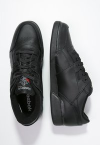 Reebok Classic - WORKOUT PLUS - Sneakers - black/charcoal - 1