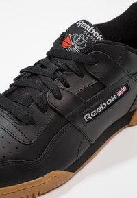 Reebok Classic - WORKOUT PLUS - Sneakers - black/carbon/red/royal - 5