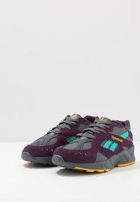 Reebok Classic - AZTREK - Sneakers - outdoor/true grey/urban violet/yellow/teal/lime - 2