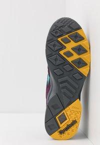 Reebok Classic - AZTREK - Sneakers - outdoor/true grey/urban violet/yellow/teal/lime - 4