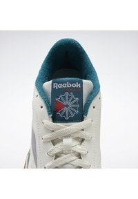 Reebok Classic - CLUB C 85 SHOES - Sneakers basse - white - 4