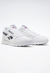 Reebok Classic - CLASSIC LEATHER SHOES - Baskets basses - white - 3