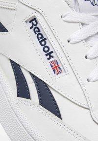 Reebok Classic - CLUB C REVENGE SHOES - Sneakers laag - white - 7