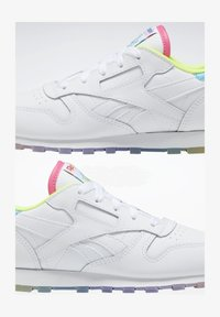 Reebok Classic - CLASSIC LEATHER SHOES - Sneakers basse - white - 1