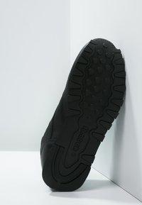 Reebok Classic - CLASSIC - Sneakers basse - black - 4
