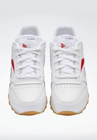 Reebok Classic - CLASSIC LEATHER SHOES - Matalavartiset tennarit - white - 5
