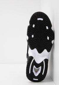 Reebok Classic - AVANT GUARD TRANSITION BRIDGE SHOES - Sneakers hoog - black/white/chalk - 5