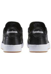 Reebok Classic - CLUB C 85 - Sneakers - intense black/white-gum - 3