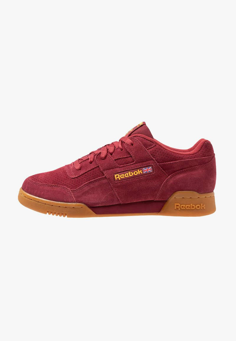 Reebok Classic - WORKOUT PLUS - Sneakersy niskie - meteor red/solar gold
