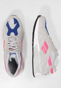 Reebok Classic - AZTREK - Sneakers - grey/acid pink/royal - 1
