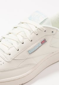 Reebok Classic - CLUB C 85 - Trainers - classic white/denim - 5