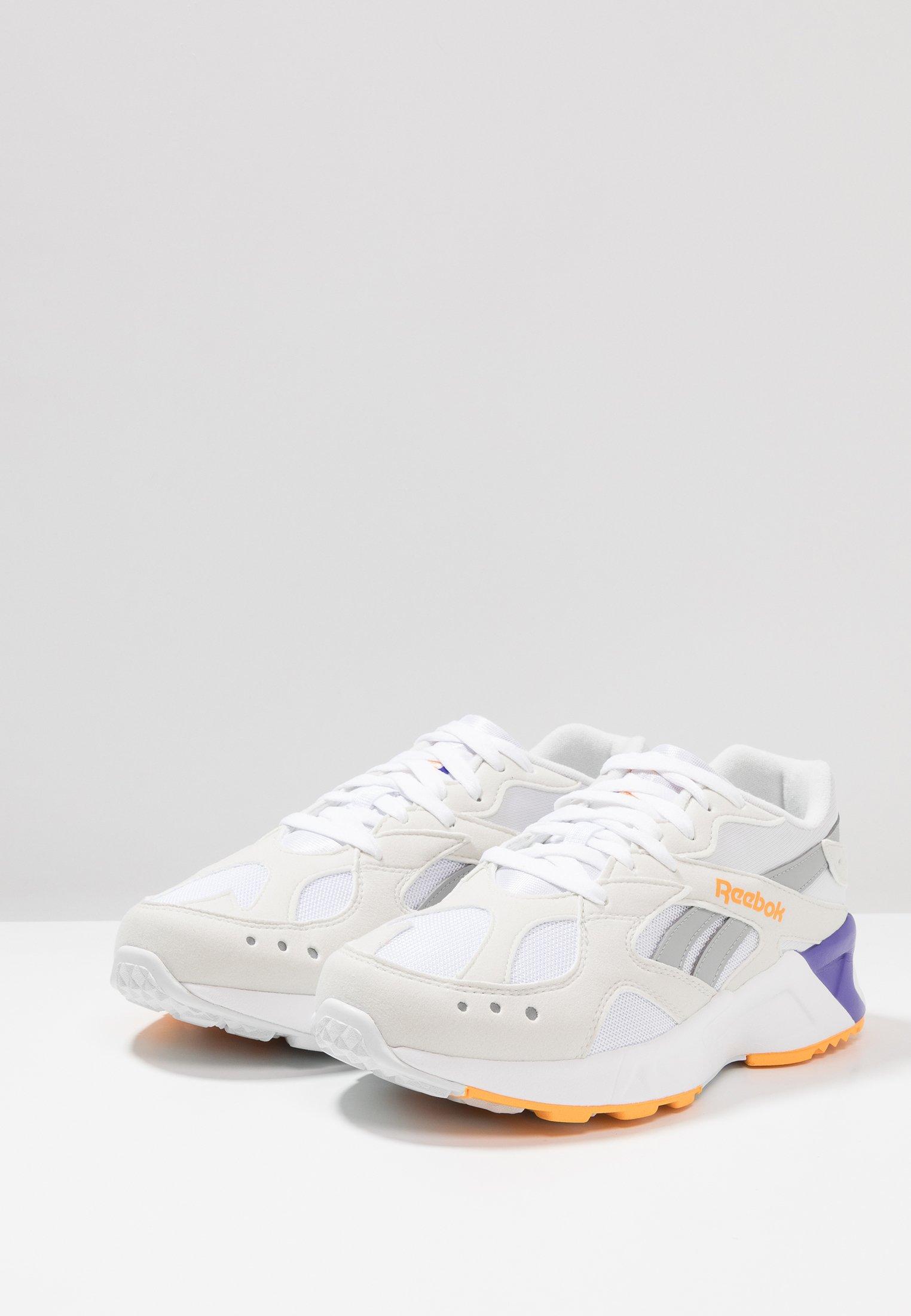 Reebok Classic AZTREK - Sneakersy niskie - white/true grey/gold/purple