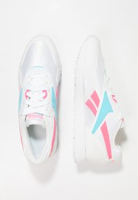 Reebok Classic - RAPIDE - Joggesko - white/solar pink/neon blue - 1