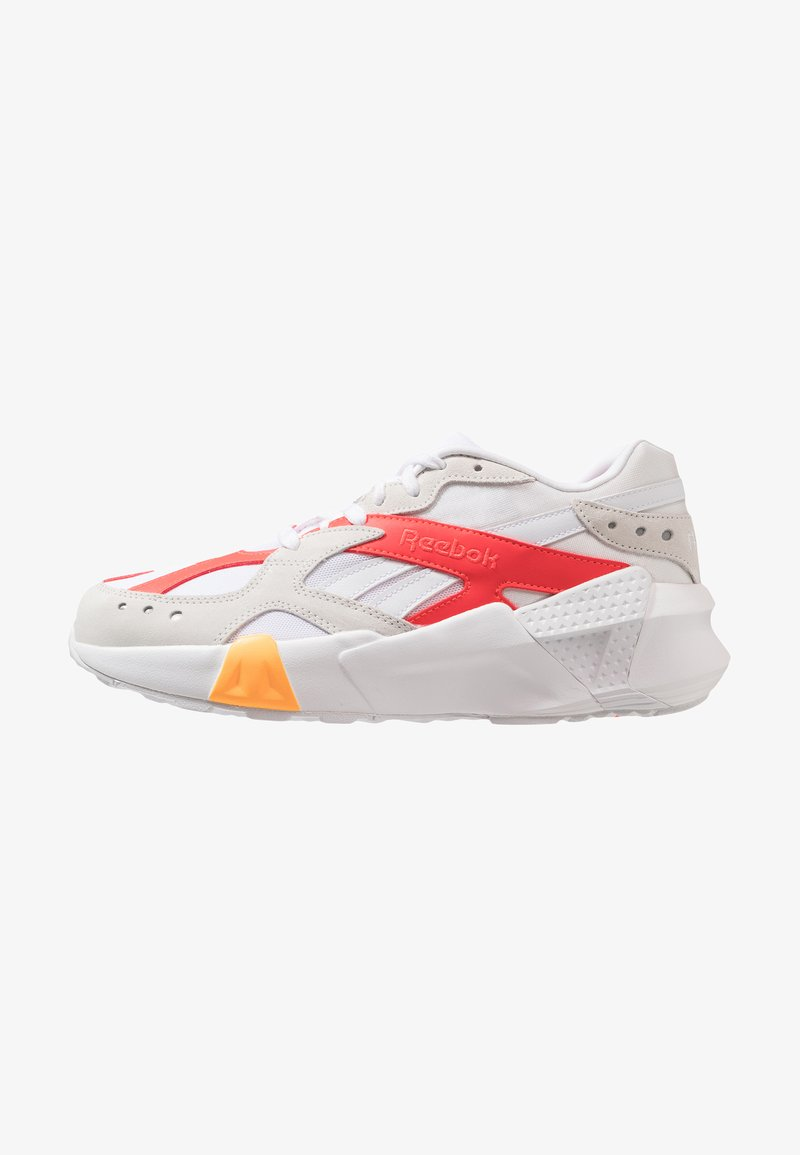 Reebok Classic - AZTREK X GIGI HADID - Sneaker low - white/true grey/red/gold