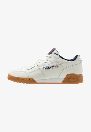 WORKOUT PLUS LEATHER SHOES - Zapatillas - chalk/collegiate navy/red