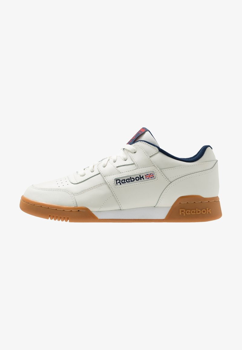 Reebok Classic - WORKOUT PLUS LEATHER SHOES - Trainers - chalk/collegiate navy/red