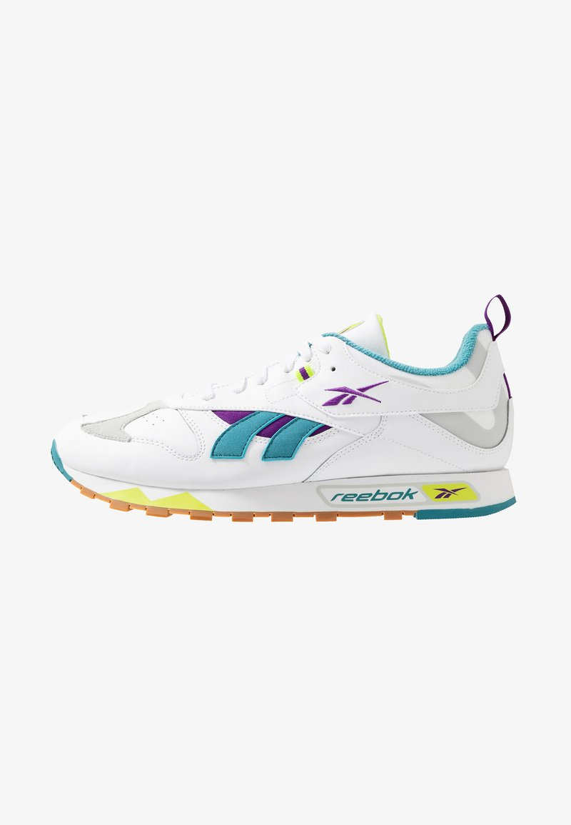 Reebok Classic - CLASSIC LEATHER RC 1.0 LIGHTWEIGHT SHOES - Sneaker low - white/regal purple/skull grey