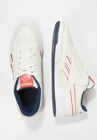 Reebok Classic - REVENGE PLUS - Sneakers - chalk/navy/red/white - 1