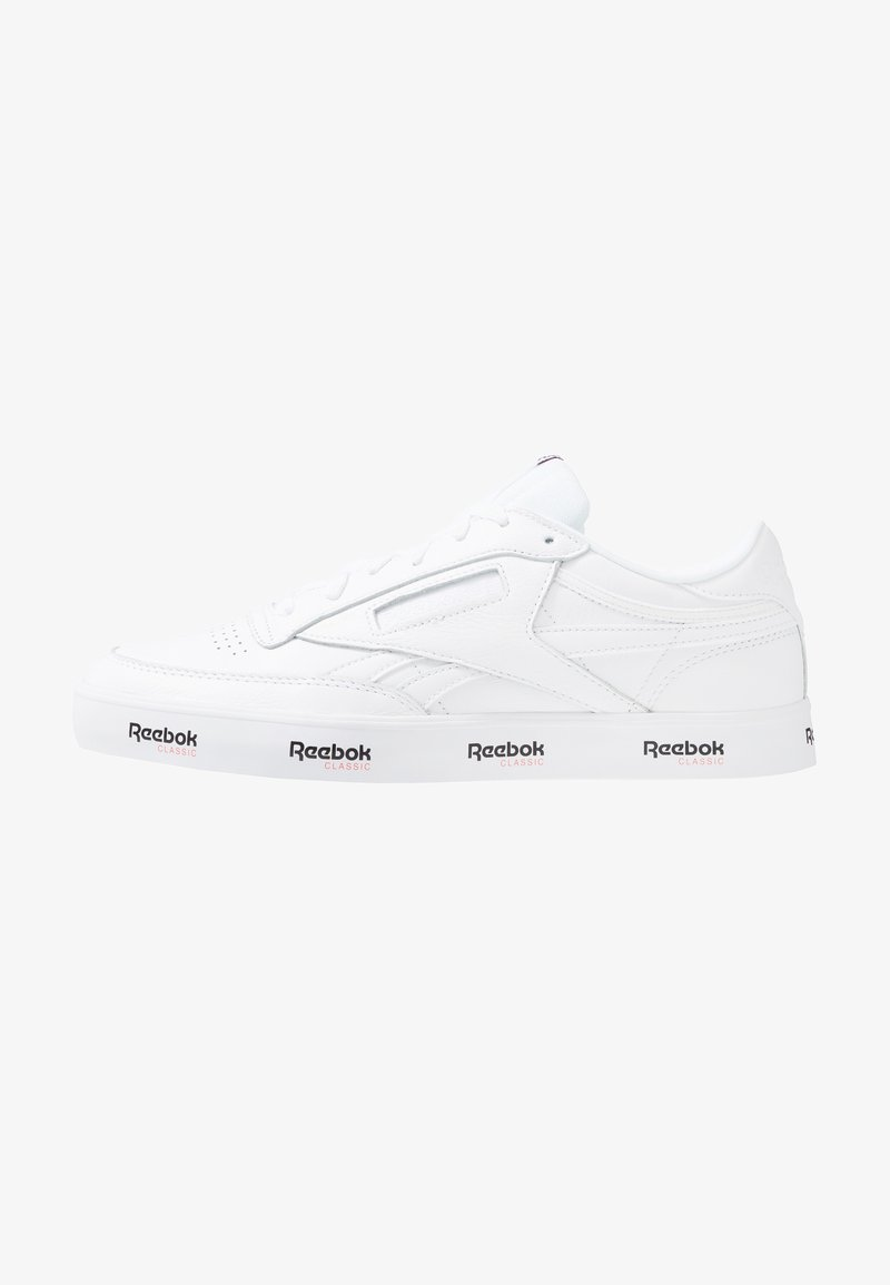 Reebok Classic - CLUB C REVENGESOFT TENNIS STYLE SHOES - Sneaker low - white/black/primal red