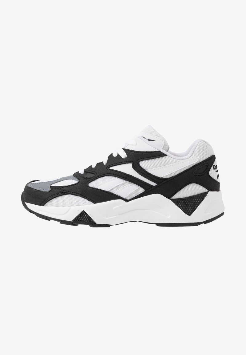 Reebok Classic - AZTREK 96 SUEDE AND TEXTILE UPPER SHOES - Sneaker low - black/white/cold grey