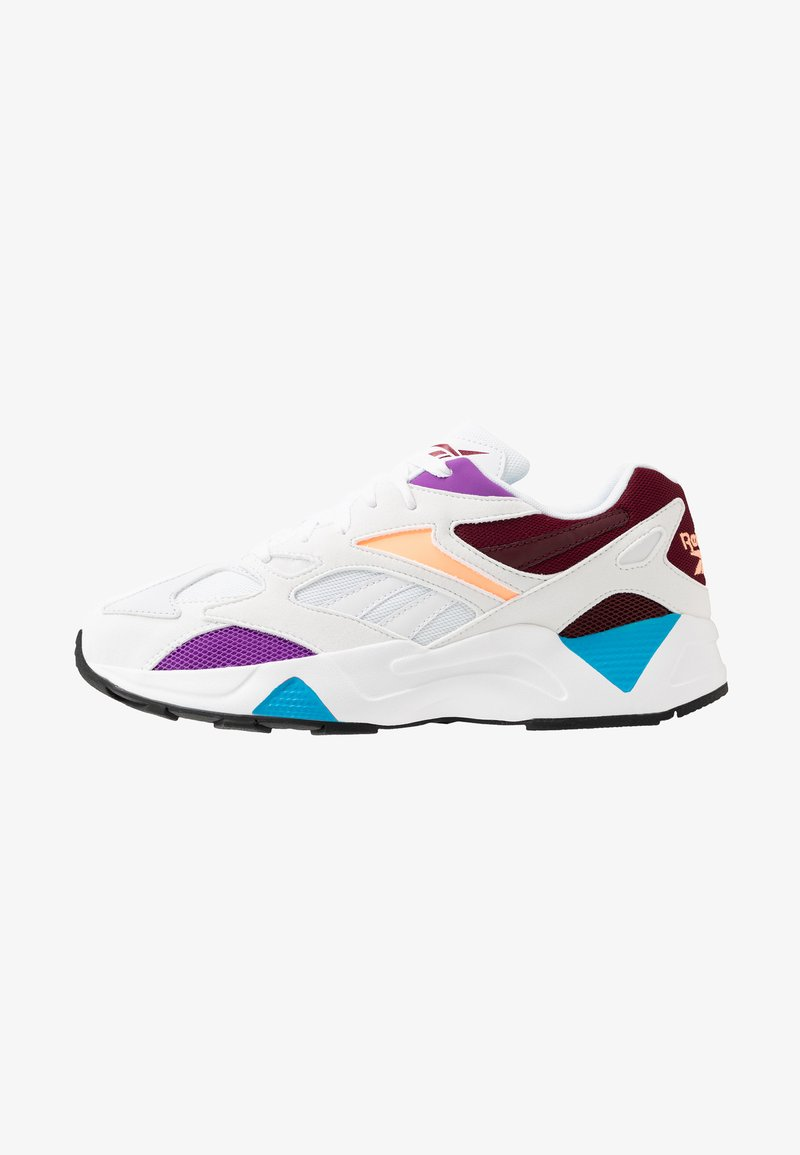 Reebok Classic - AZTREK 96 REINVENTED RETRO RUNNING SHOES - Trainers - white/porcelain/lux maroon