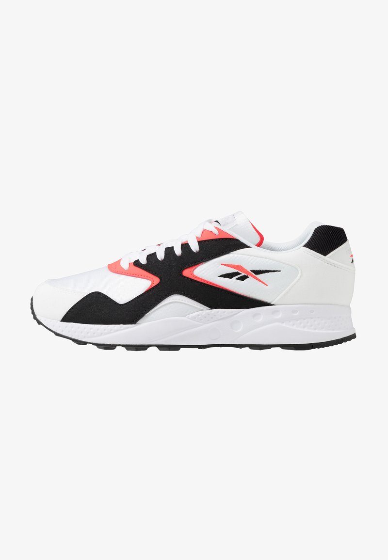 Reebok Classic - TORCH HEX LIGHT BREATHABLE SHOES - Joggesko - white/black/neon red