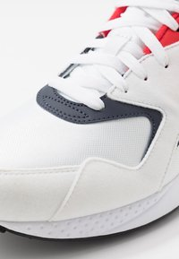 Reebok Classic - TORCH HEX LIGHT BREATHABLE SHOES - Joggesko - white/navy/red/black - 5