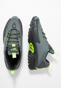 Reebok Classic - DMX SERIES 2K LIGHT BREATHABLE SHOES - Zapatillas - alloy/neolim/cold grey - 2
