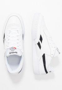 Reebok Classic - CLUB C REVENGE  - Sneakers laag - white/black/none - 1