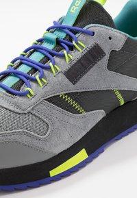 Reebok Classic - CLASSIC LEATHER RIPPLE TRAIL MUD GUARD SHOES - Sneakers - true grey/mineral mist - 5