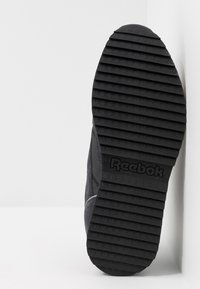 Reebok Classic - CLASSIC LEATHER RIPPLE TRAIL MUD GUARD SHOES - Trainers - true grey/black/panton - 4